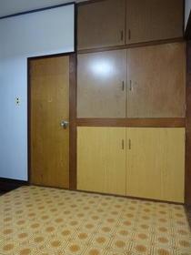 コーポヒカリ 102号室の収納