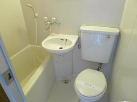 オオカワコート 302号室の風呂