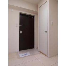 カスタリア尾山台 0305号室の玄関