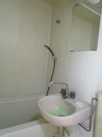 ジュネパレス春日部第14 0203号室の洗面所