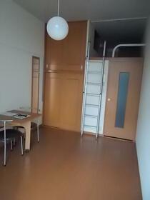 小俣南町レジデンス 101号室のトイレ