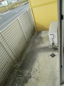 小俣南町レジデンス 103号室のバルコニー