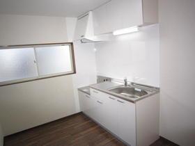 グランペール栄 202号室のキッチン