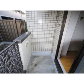 ツイン・アーバン21 102号室のバルコニー
