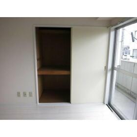 レジデンス武蔵野 0304号室の収納
