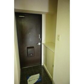 レジデンス武蔵野 0304号室の玄関