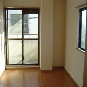 サンハイツ森 301号室のその他