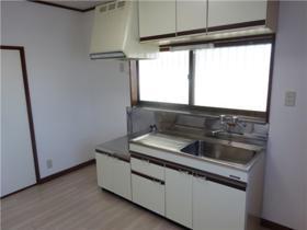 フラットブレラ1号棟 201号室のキッチン