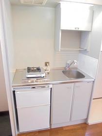 ブリーズ イノウエ 303号室のキッチン