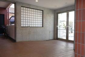 メゾン・ド・シノ 502号室のエントランス