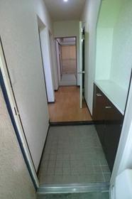 浦和グリーンマンション 303号室の玄関