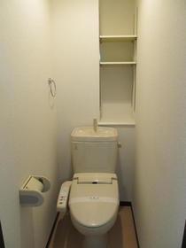 フローラ 203号室のトイレ