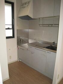 サンライズ村田Ⅱ 102号室のキッチン