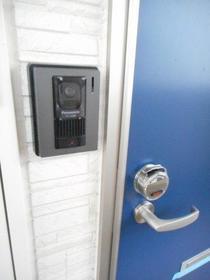 スプリーン 103号室の玄関