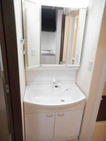 スプリーン 103号室の洗面所