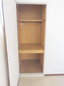 サンビレッジN 201号室の収納