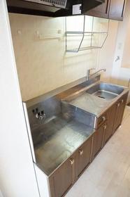 ジュネスエルI 103号室のキッチン