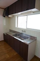 パミールⅤ 202号室のキッチン