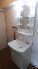 与野中里住宅 301号室の洗面所
