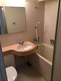リバティーハウス 207号室の風呂