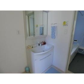 三室大古里緑地台住宅H棟の洗面所