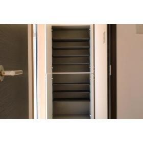Ajax Ⅳ 103号室の玄関