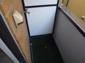 マルベリー目黒本町 203号室のバルコニー