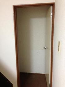 グランドール目黒 201号室の収納