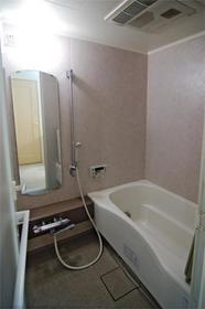 レジディア自由が丘 0403号室の風呂