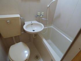サンルミナスA 401号室の風呂