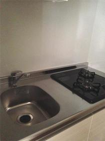 Kewel用賀I 105号室のキッチン