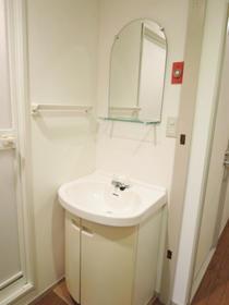 NICハイム中目黒 00904号室の洗面所