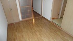 ユーティ玉川 303号室のリビング
