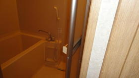 ユーティ玉川 303号室の風呂