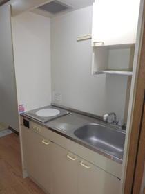 MIハイツ 105号室のキッチン