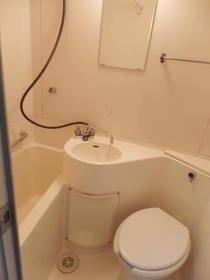 ハイタウン駒沢公園No.2 210号室の風呂