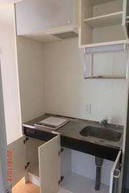 ロワール島津山南 502号室のキッチン