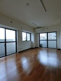 NICアーバンハイム 502号室の景色