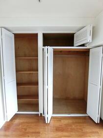 NICアーバンハイム 502号室のキッチン