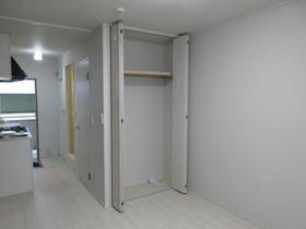 パール上野毛 202号室の収納