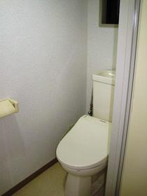 ウエスチングハウスⅢ 103号室のトイレ
