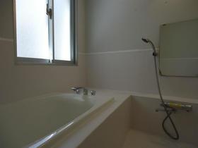 クーヴェラ三宿 201号室の風呂