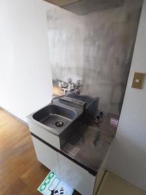 メゾンイケダ 202号室のキッチン