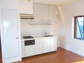 ウイングコート洗足 403号室のキッチン