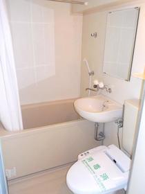 ウイングコート洗足 403号室の風呂