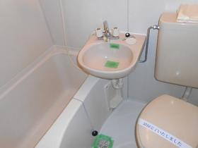 上田ハウス 0201号室の風呂