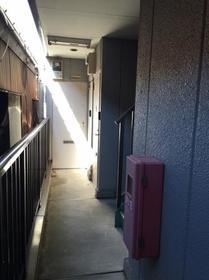 上田ハウス 0201号室のエントランス