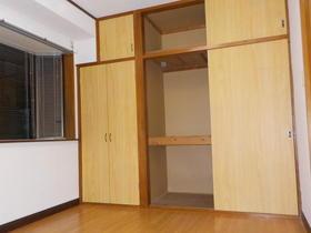 メゾンイセモトNO.1 201号室の収納