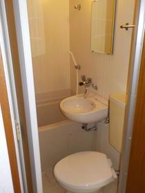 メゾンイセモトNO.1 201号室の風呂