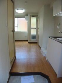 コーポアイ 2-C号室の玄関